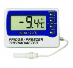 ETI-891-210  Fridge-Freezer thermometer incl calibration certificate